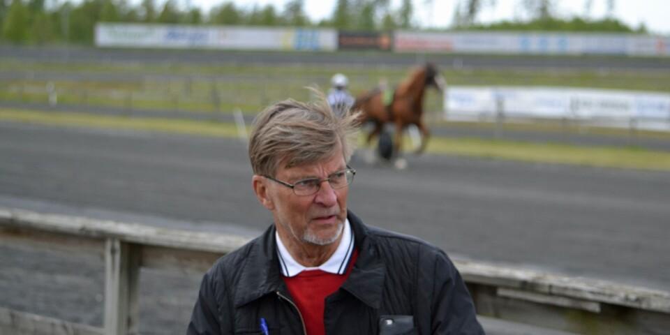 Sveriges längsta travbana vinner i längden. Ordföranden Sven-Åke Gustafsson blickar framåt i uppfräschad miljö och drömmer om både V75 och V86.
