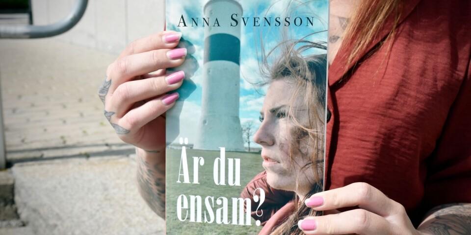 """Boken """"Är du ensam?"""", finns att köpa hos flera stora återförsäljare."""