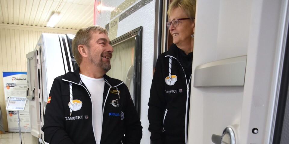Ronny och Ingegerd Persson, som driver RIPS Släp och Husvagnsservice i Tomelilla, har sålt husvagnar sedan 80-talet och har noterat ett ständigt ökande intresse. Camping är långt ifrån enbart ett sommarnöje. Allt fler ger sig iväg även under vinterhalvåret.