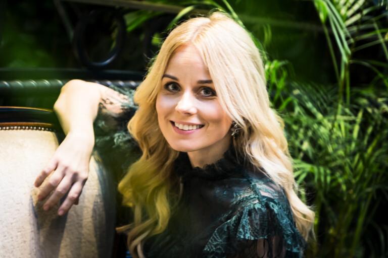 Helena af Sandeberg skakar om i succéserien