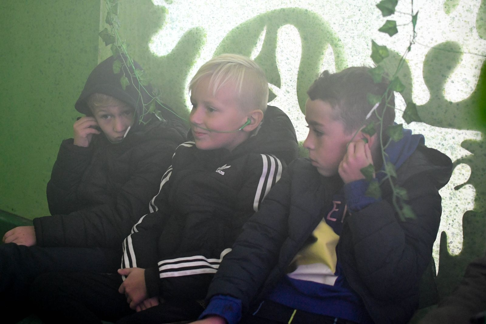 Spännande, lite läskigt och väldigt roligt, tyckte Neo Viberg, Victor Cederholm och Isac Wennerström om upplevelsen.