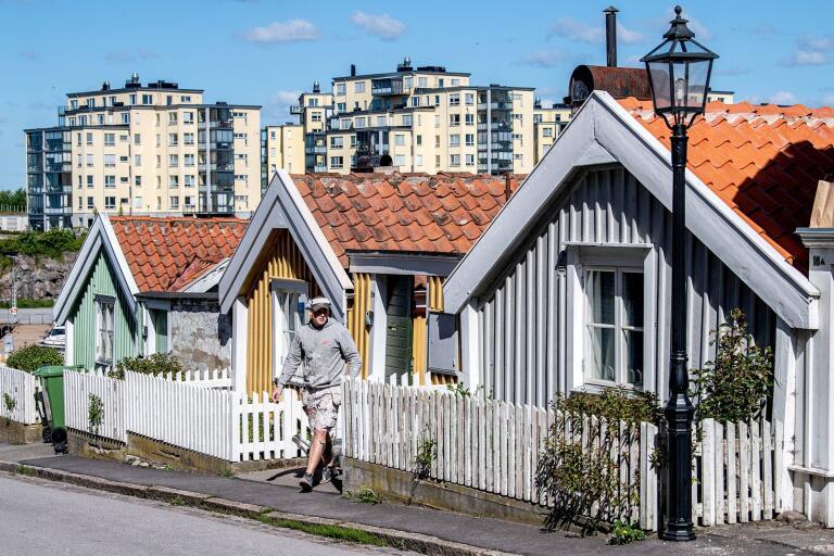 Det nya Karlskrona i bakgrunden med det gamla i förgrunden.