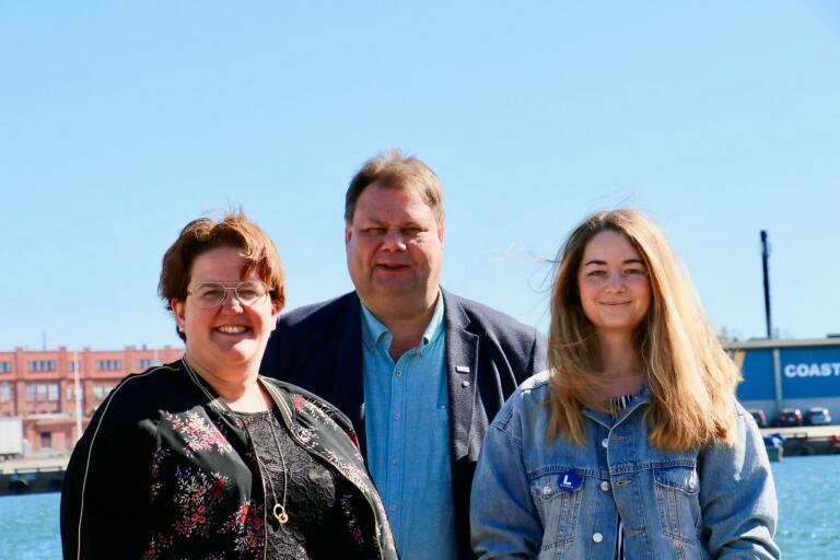 Karin Helmersson (C), Peter Wretlund (S) och Johanna Wyckman (L). berättar hur de vill utveckla regionen