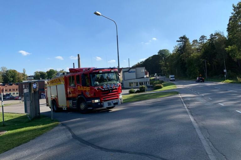 Just nu: Brand vid Almedahls fabrik