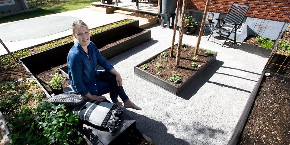 Nadine Strand har ett stort intresse av trädgårdsarbete, heminredning och att tillverka betongskulpturer. Här delar hon med sig av sina bästa tips.