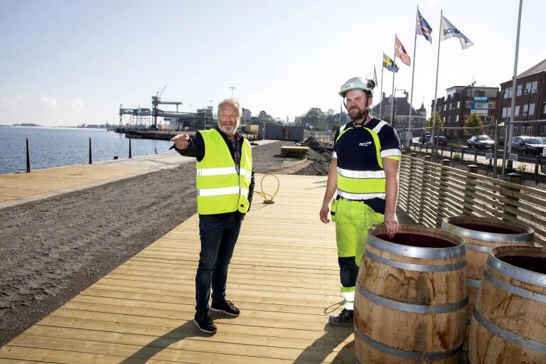 Nytt stråk för gående och cyklister växer fram på Skeppsbrokajen