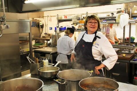 Nu avslöjar Karin Fransson vad hon ska göra efter Hotell Borgholm