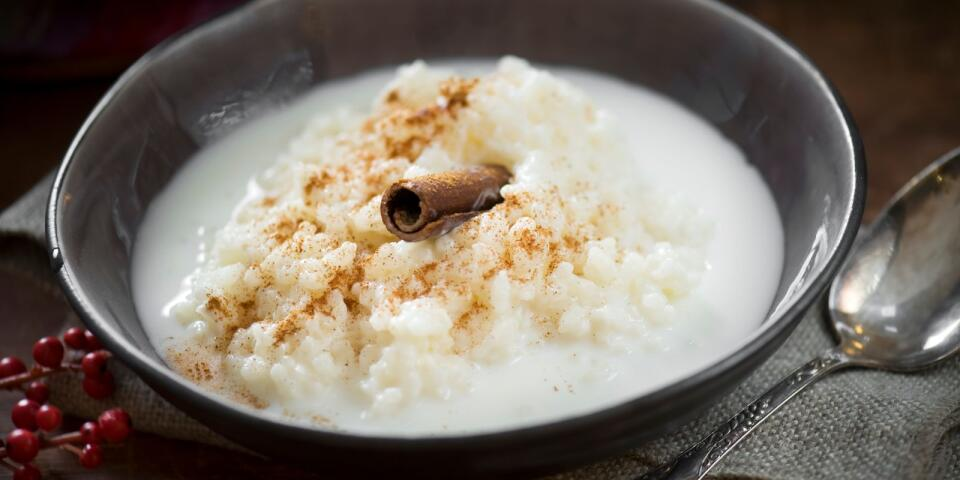 حلوى الأرز هو طبق تقليدي في عيد الميلاد، ولكنه يؤكل على مدار العام.