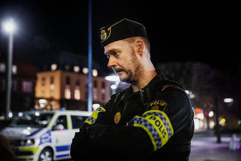 """Chatten: Polisen Anders: """"Man minns alla våldsbrott"""""""