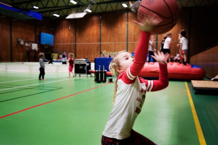 Hela bygden inbjudna till sportlovshäng i Smygehallen