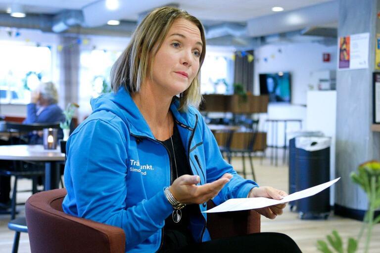 """Sofie Nelsén, enhetschef på Träffpunkt Simonsland, uppger att det är revisorns fel: """"Det finns ingen intention i att jag ska stanna"""", säger hon."""