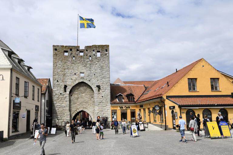 Region Gotland har tagit fram en strategi för utvecklingen på ön fram till 2040. Oskarshamns kommun ser nu en möjlighet till ett utökat samarbete med Gotland.