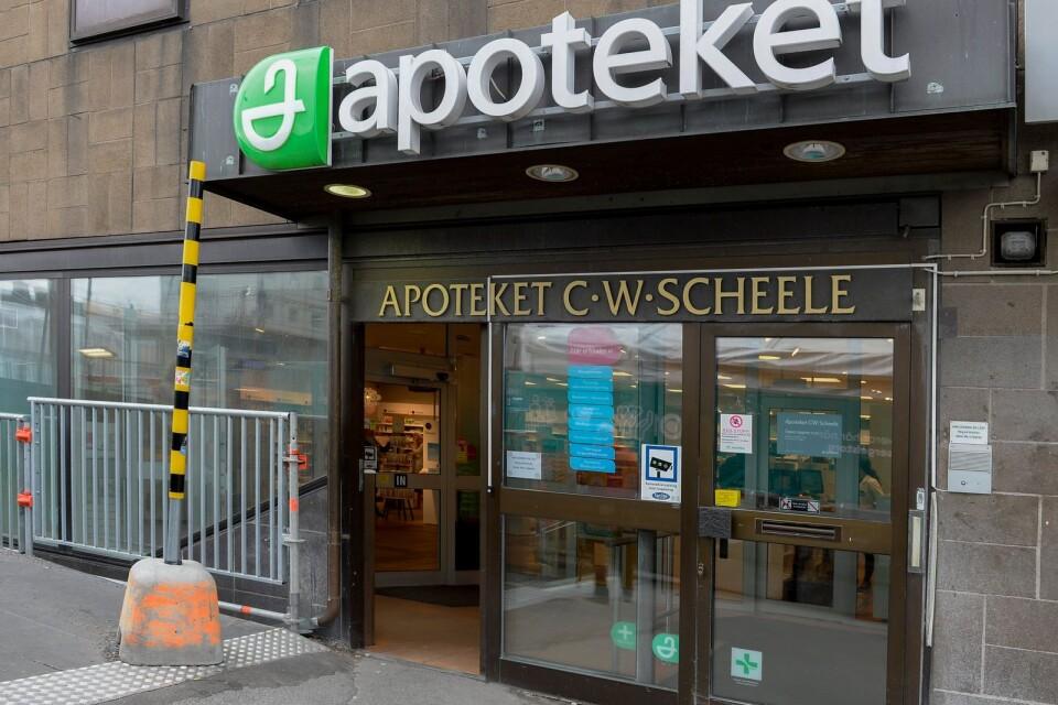Statens helägda apotek köper in sig i nätläkarbolag.