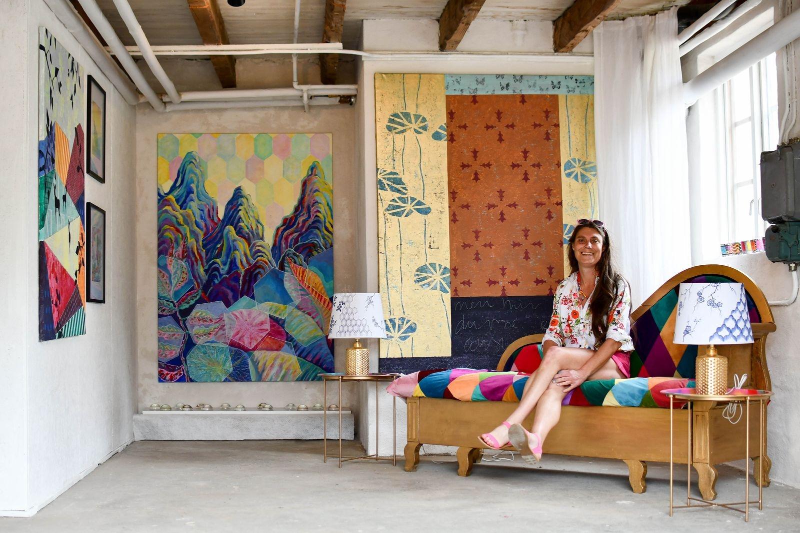 Ninni Ahlsell jobbar även som dekorationsmålare och förgyllare.