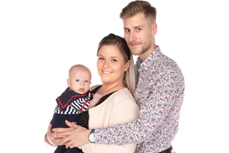 Frida Petersson och Emil Göransson, Kalmar, fick den 23 november en son som heter Elias. Vikt 3070 g, längd 50 cm.