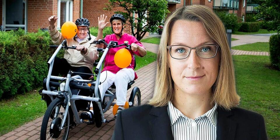 En alldeles egen parcykel till Parkgården. Berit Larsson och Martin Schön