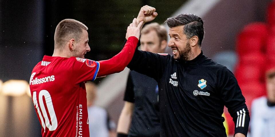 Petar Petrovic och Denis Velic jublar.