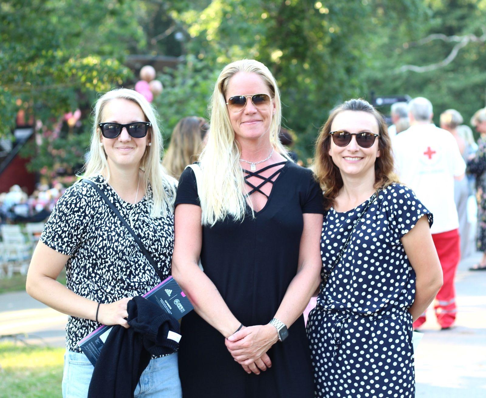 Anna Nyman, Jennie Nilsson och Emina Dzananovic hade lyckats knipa biljetter till konserten och var lyckliga för det.