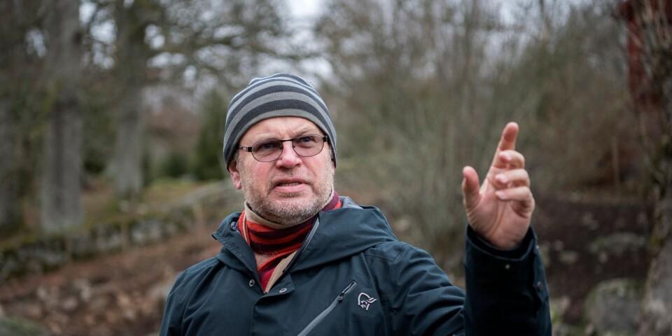Markus Forsne, Länsstyrelsen berättar att det årligen 400 000 kronor på Ire Natur- och Kulturskola för att vårda kulturarvet.