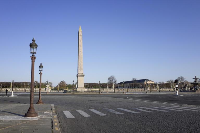 Den franska ekonomin stängdes till stora delar ned i mars, för att bromsa spridningen av covid-19. Arkivbild.