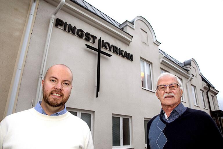 Nils-Gunnar Corneteg och Carl-Johan Österblad, pastor i församlingen, ser fram emot helgens firande.