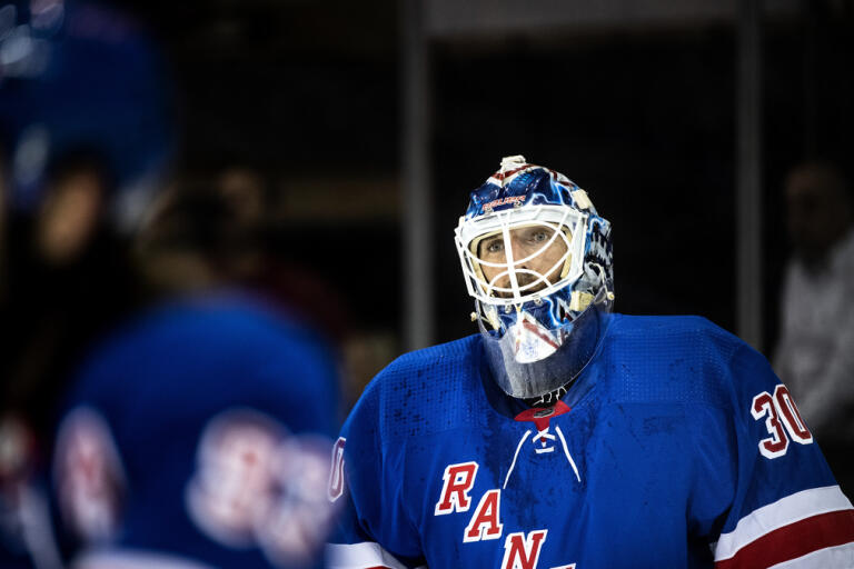 New York Rangers Henrik Lundqvist stannar ett tag till i Sverige. Arkivbild.