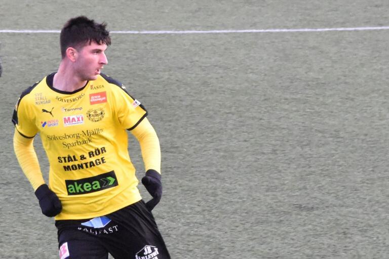 Besard Sabovic kan bli till något riktigt, riktigt intressant. I alla fall enligt Mjällby AIF:s sportchef Hans Larsson.