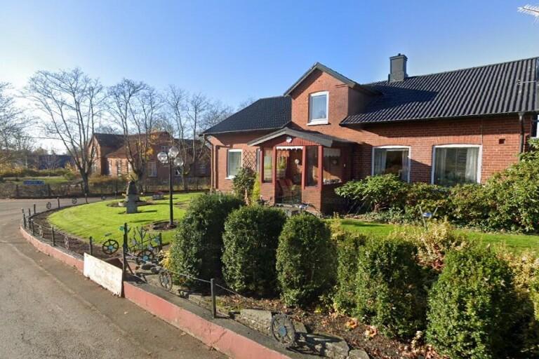 99 kvadratmeter stort hus i Tomelilla sålt för 945000 kronor