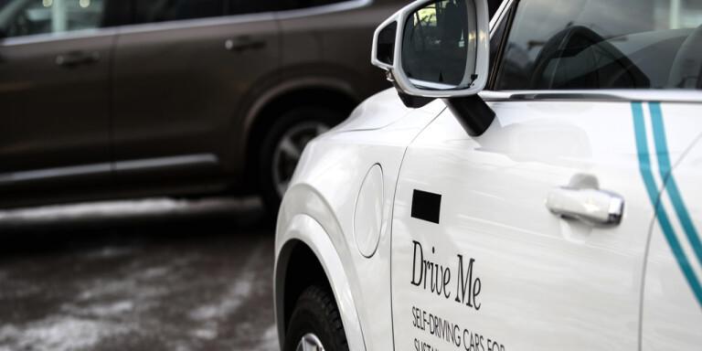 Volvo ökar satsning på förarlösa taxibilar