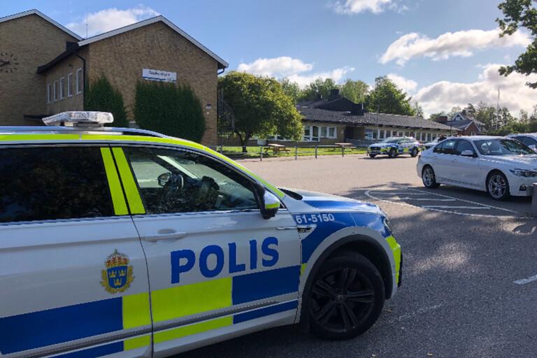 """Skola utrymd efter bombhot: """"Jag är inte förvånad"""""""