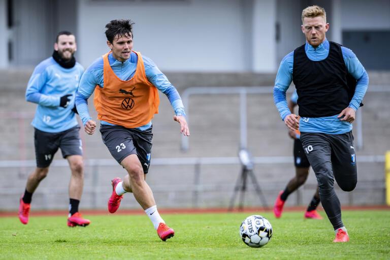 Malmö FF tränar med boll. Men nu är det klart att allsvenskan kan starta den 14 juni. Arkivbild.