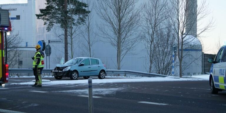 Olycka: Trafikolycka i Växjö - två bilar bärgas från platsen