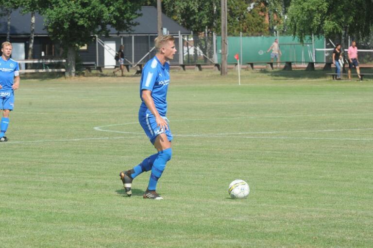 RM:s Marcus Carlsson säsongsdebuterar i ÖB-elvan efter 2-1-segern mot Ingelstad.