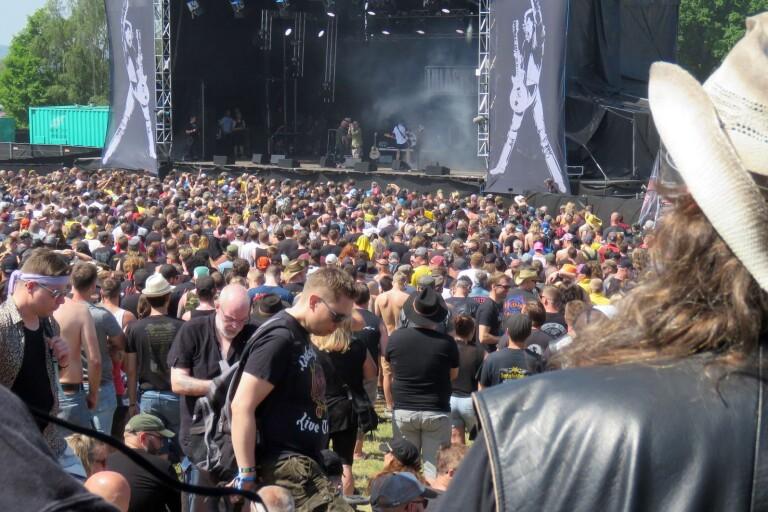Festivalpremiär för schlagerdrottning
