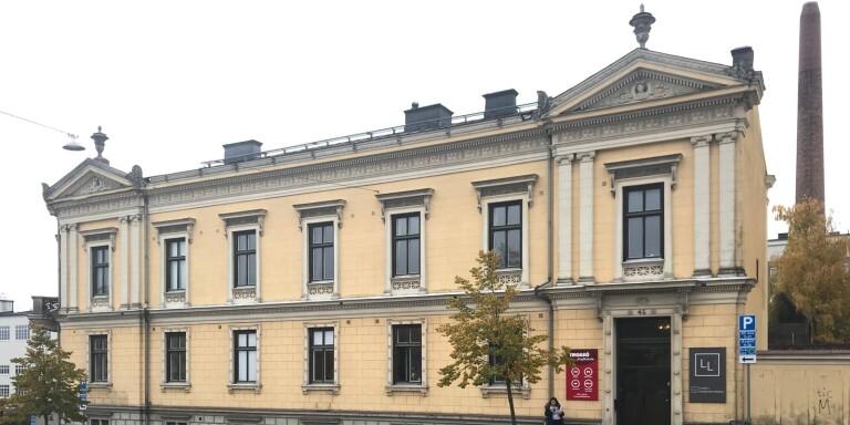 Här monterades Karlskronas första glödlampa