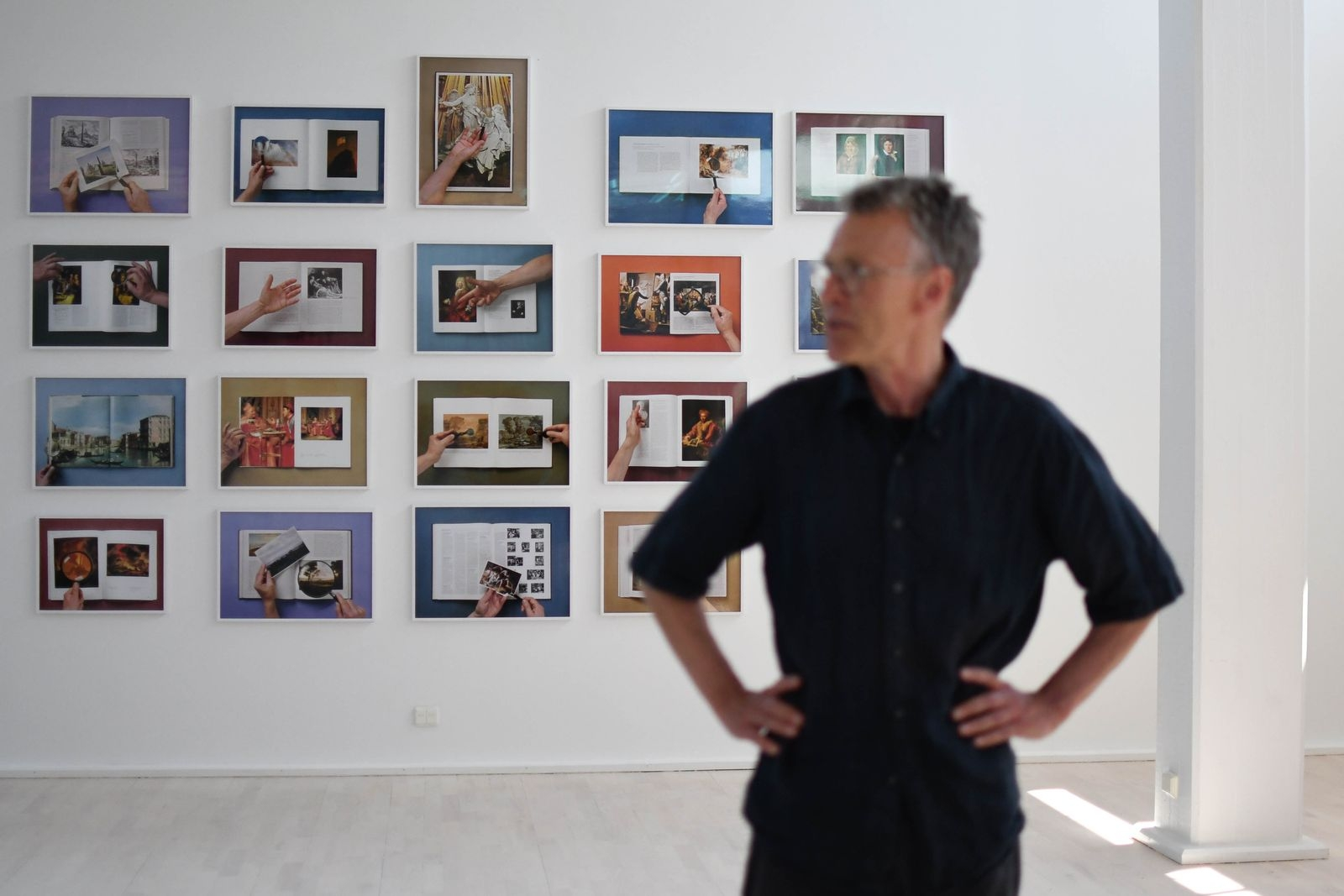 """Matts Leiderstam bjuder på nya tolkningar av äldre tiders konst i utställningen """"Blicken och ögonkasten""""."""
