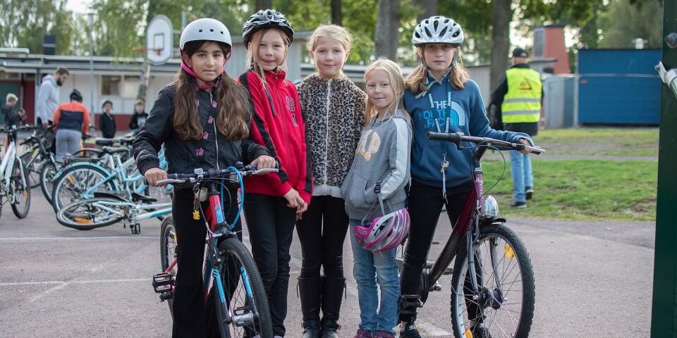 Lilly, Tinke, Mila, Olivia och Olta tyckte alla att morgonens trafiklektion var mycket lyckad.