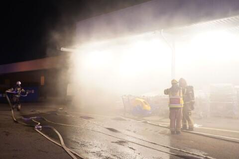 Kraftig rökutveckling vid brand på Maxi