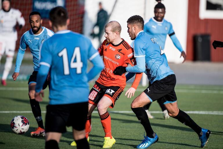Jonas Lantto var matchens lirare när FK Karlskrona och AFC Eskilstuna spelade 1–1 i Svenska Cupens första gruppspelsomgång.