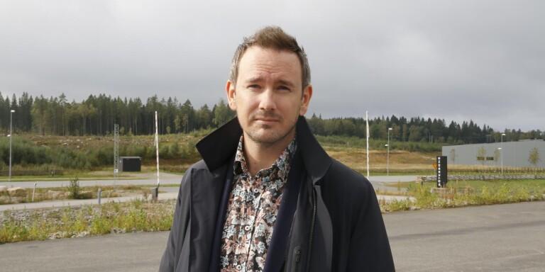 Hans Stålhandske, delägare i Botek i Ulricehamn, har inte fått någon förklaring till varför det görs skillnad mellan rätten till exploatering mellan företagen på Rönnåsen.