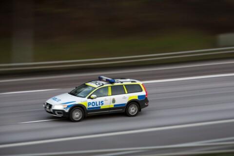 Flera bilar i trafikolycka – en person till sjukhus