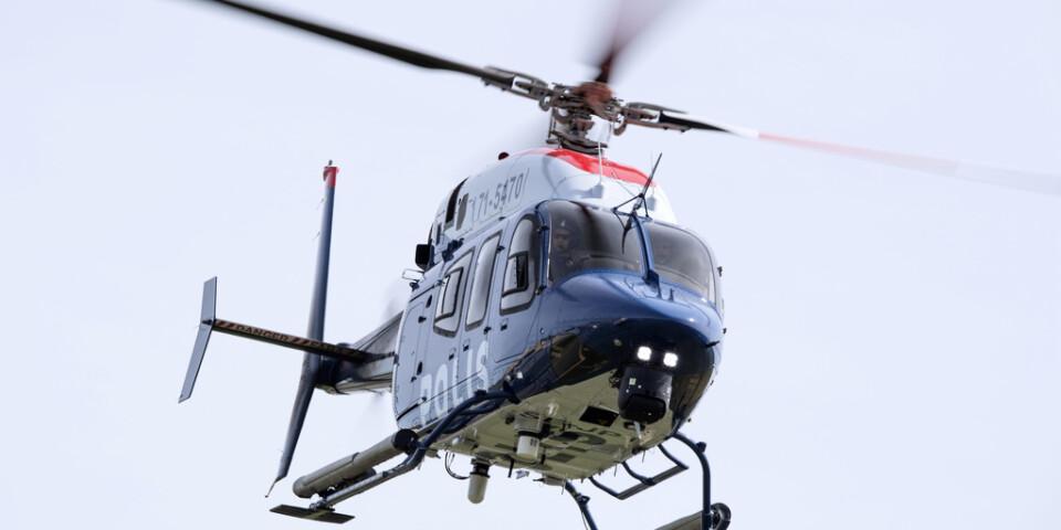En polishelikopter deltog i sökandet efter en pojke som försvunnit i Härjedalen. Arkivbild.