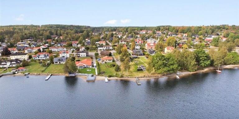Växjö kommun sa ja till stor villa på strandtomt – domstolen säger nej