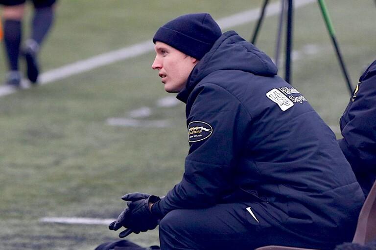 Fredrik Ekvall blir kvar i Dalstorp.